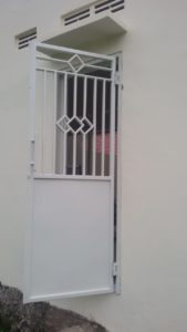 Pintu Besi Putih 169x300 - Bengkel Las Kemiri Muka Depok