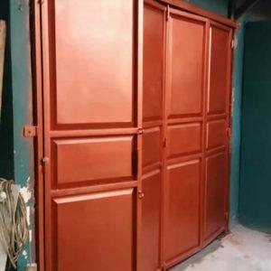 Pintu Garasi Besi Merah 300x300 - Bengkel Las Pancoran Mas Depok